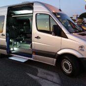 Transfer da e per Pisa - Sprinter Mercedes - vista laterale